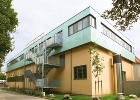 Klinikum Schwabing Haus 25 – Gebäude mit Aufstockung