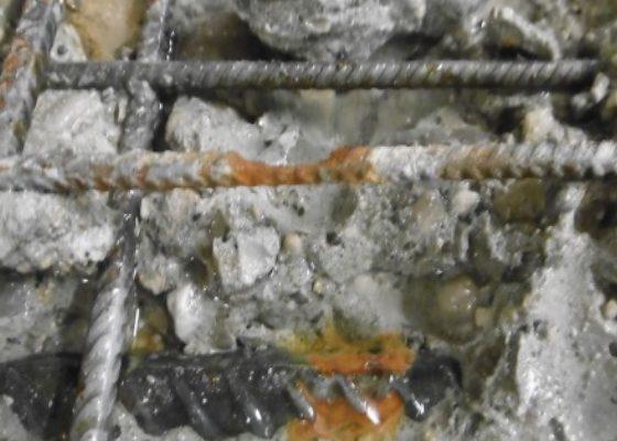 Elsenheimerstrasse Tiefgaragen – Lochfraßkorrosion an der Bewehrung der Bodenplatte