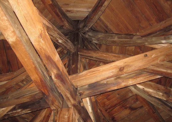 Feuerwache 1, München –Detail der Dachkonstruktion eines Türmchens