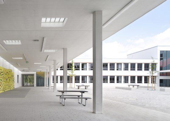 Mittelschule Elisabeth Sohn Straße –Hof