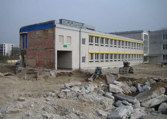 Elisabeth Kohn Strasse –Teilrückbau für Neubau Sporthalle