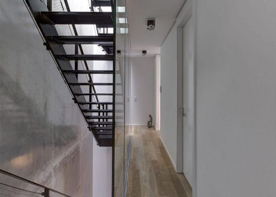 Augustenstraße –Wohngebäude Treppenhaus
